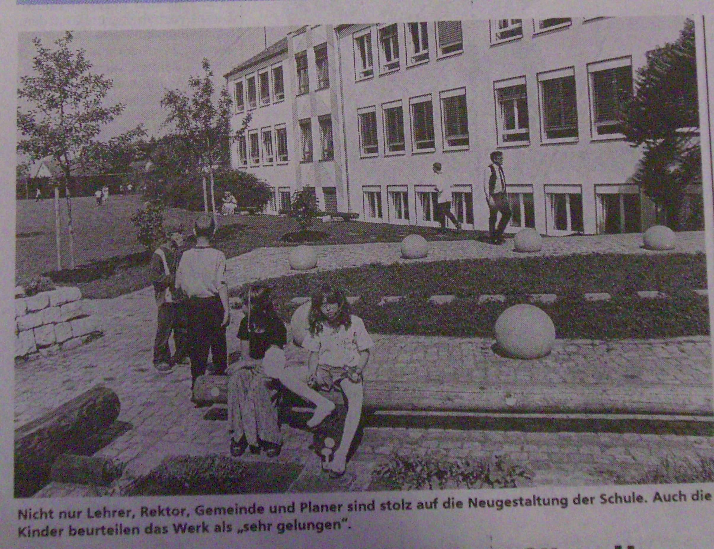 Schulhaus_1998